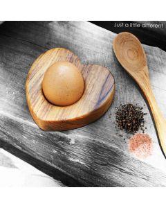 """Online Teak egg cup """"cœur'"""" ( 4 pcs ) I Rico & Plato."""